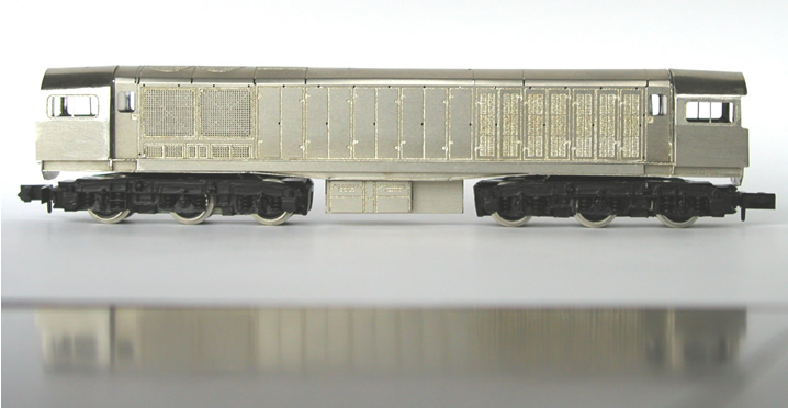 N Gauge Class 58 full view with chassis